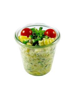Kartoffelsalat mit Mayonnaise im Weckglas